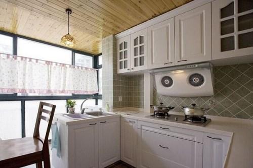 阳台装修成厨房可行吗
