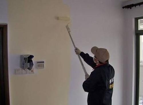 墙面刷乳胶漆的步骤