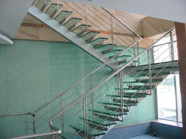 楼梯扶手适宜高度是多少  材质有哪些