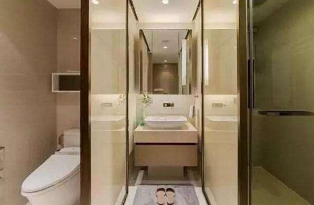 和婆婆同住,把卫生间设计成三式分离,省得天天早上抢着用